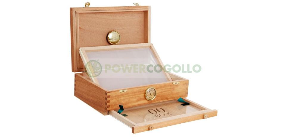 Caja 00 Box Curado (Madera Cedro) Mediana  La 00BOX es una caja de cedro para curar la marihuana con una malla en el fondo para filtrar la glándula, y con un cajón inferior donde puede recogerse con facilidad.  El cedro es la mejor madera noble para curar 1