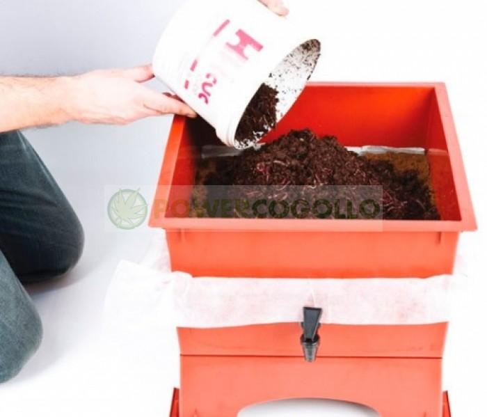 Vermicompostero para hacer humus de lombriz y compost